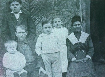 Henry Levander Leach (standing left back GGPA) John Leach (sitting left GGGPa) and Rutha Lamisey White Leach (far right GGGma)