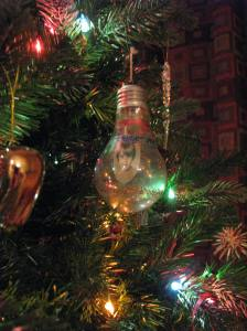 1967 Shell GE light bulb ornament